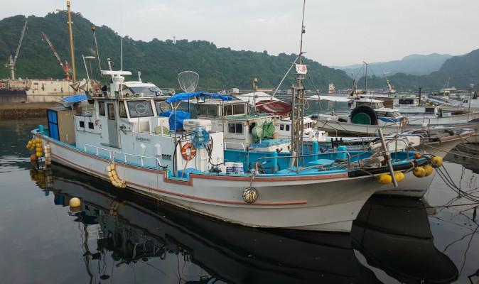 01-fishing-boat